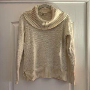 Old Navy cream with gold flecks turtleneck sweater